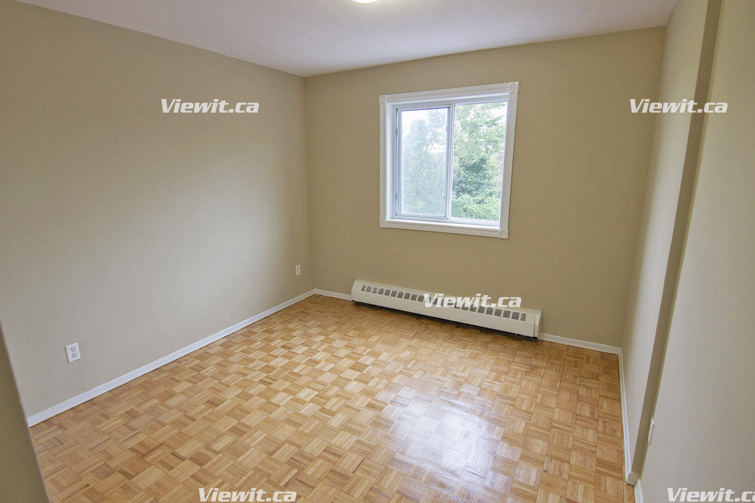 1 Bernick Drive, BARRIE , ON : 2 Bedroom for rent ...