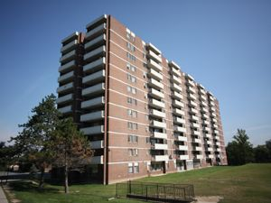 Rental High-rise 421 Markham Rd, Scarborough, ON
