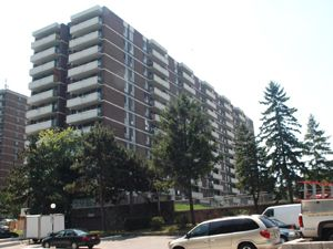 Rental High-rise 419 Markham Rd, Scarborough, ON