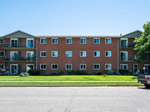 Rental Low-rise 295 Willow St, Stratford, ON
