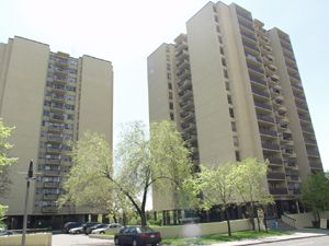 Rental High-rise 2099 Lawrence Ave W, York, ON