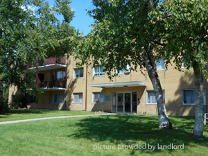 Rental Low-rise 211, 215 Reedaire Crt, Whitby, ON
