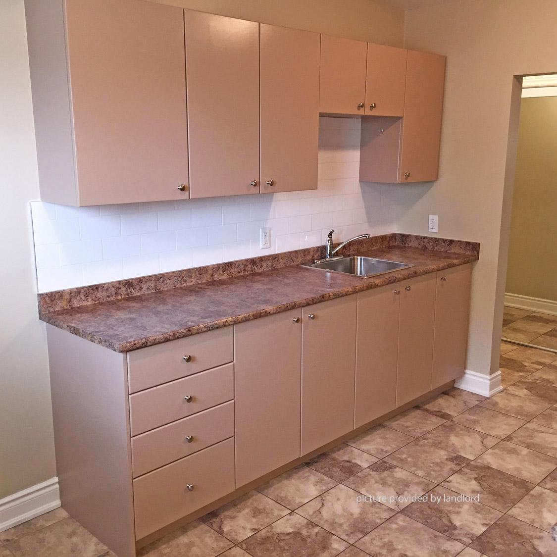 359 Elgin Crt, OSHAWA , ON : 2 Bedroom For Rent -- OSHAWA