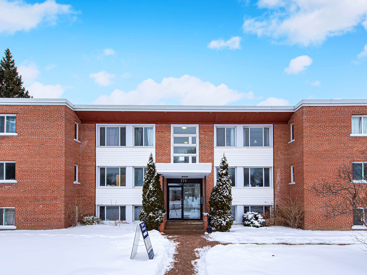 174-178 Grove St E, BARRIE , ON : 2 Bedroom for rent ...