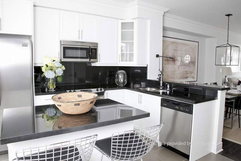 Ossington dupont toronto on 3 bedroom for rent - 3 bedroom apartments for rent toronto ...
