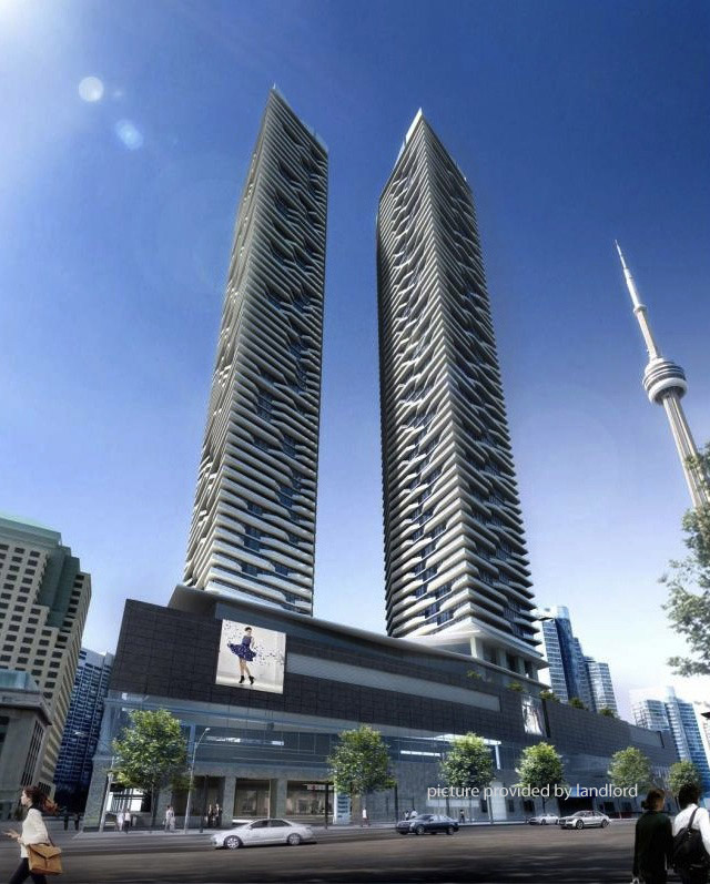 Apartments For Rent In Toronto: 100 Harbour St, Toronto , ON : 1 Bedroom For Rent