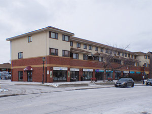 Rental Low-rise 2427 Marine Dr, Oakville, ON
