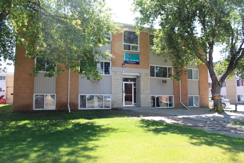 Parliament Avenue-Rae Street, Regina, SK : 2 Bedroom for ...