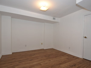 2 Bedroom apartment for rent in MAPLE