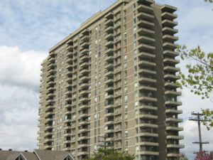 Rental High-rise 185-200 Clearview Avenue, Ottawa, ON