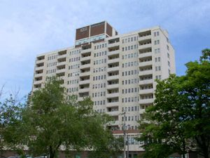Rental High-rise 1920 Weston Rd, York, ON
