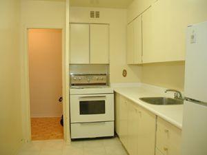 65 Park St E Mississauga On 2 Bedroom For Rent