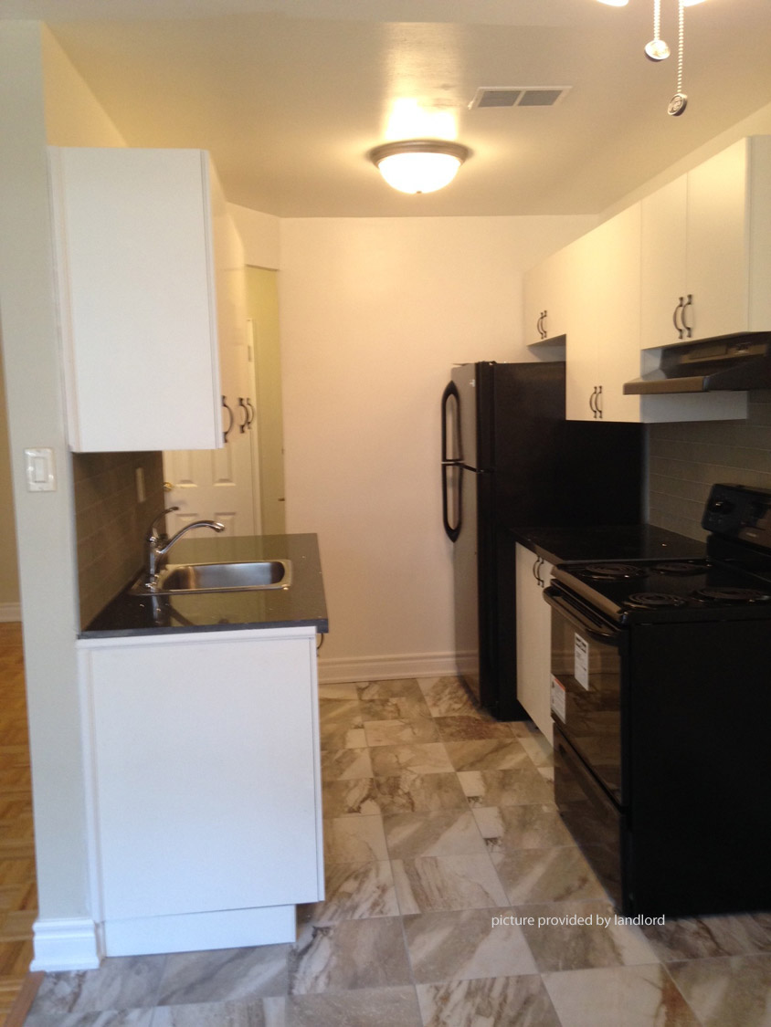 For rent: 130 Cosburn Ave Toronto, 1 bdrm Viewit  4977