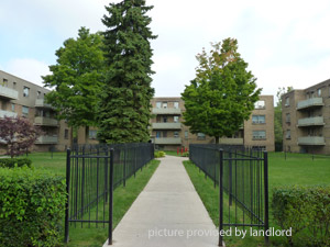Rental Low-rise 138 Berry Road, Toronto, ON