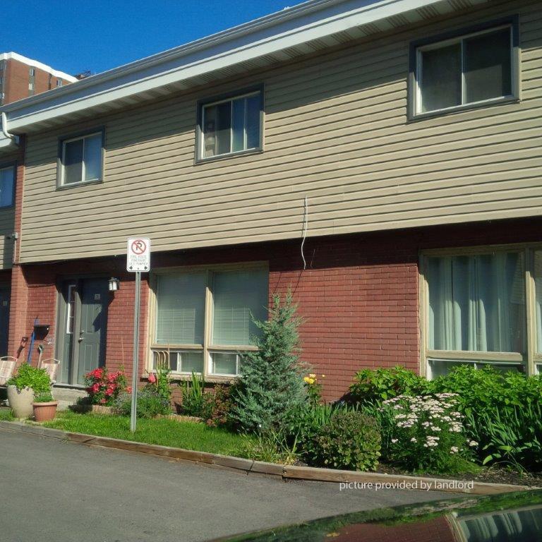 St Laurent Apartments: ST LAURENT-SMYTH, OTTAWA, ON : 2 Bedroom For Rent