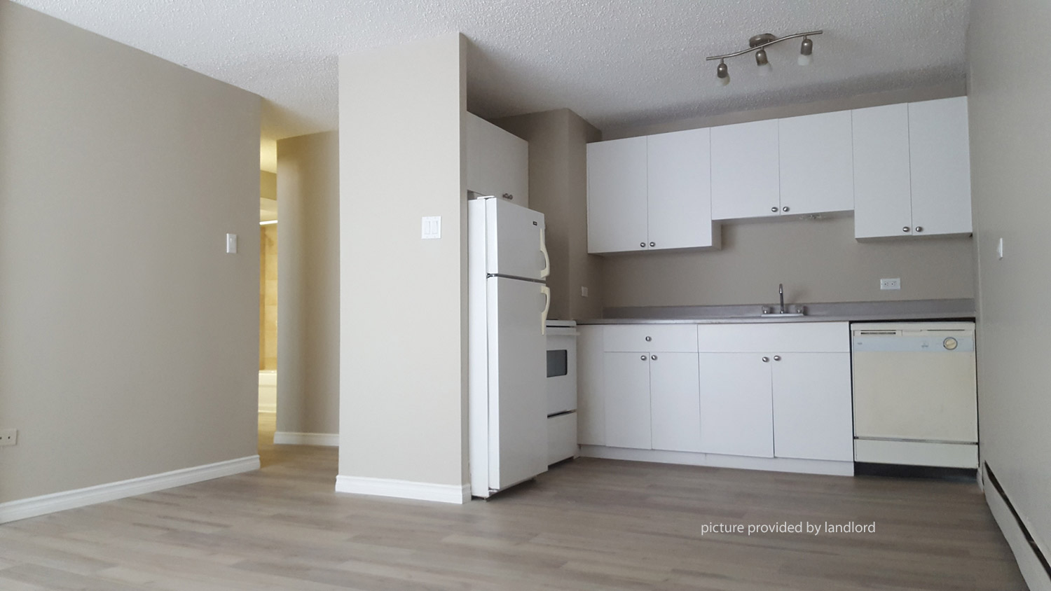 17 AVE SW-4 ST SW, Calgary, AB : Bachelor for rent ...